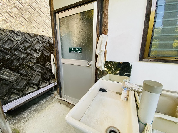 入倉の芝桜 トイレ2