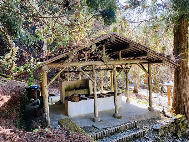 奥祖谷二重かずら橋キャンプ場飯盒棟
