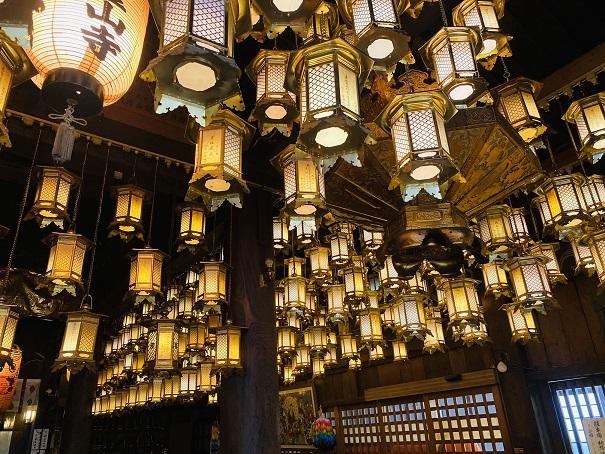 霊山寺 吊灯篭