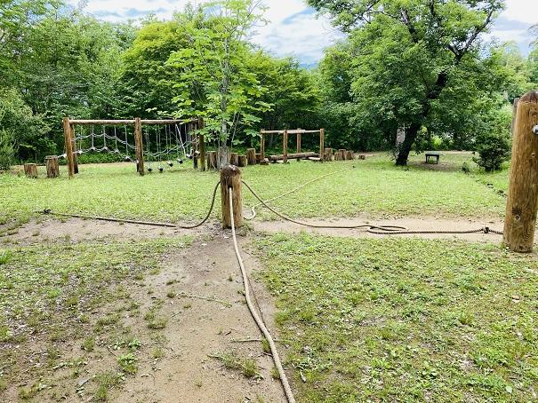 モネの庭 遊びの森 綱引き