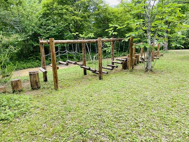 モネの庭 遊びの森アスレチックユラユラ橋