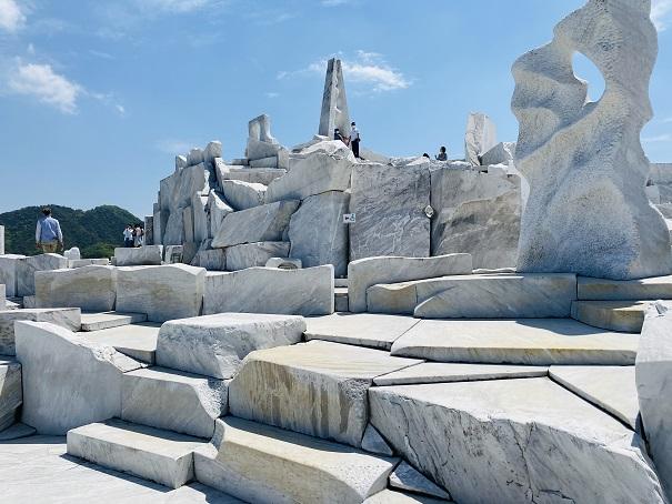耕三寺博物館 未来心の丘 白い世界