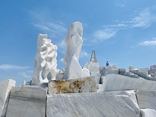 耕三寺博物館 未来心の丘 塔