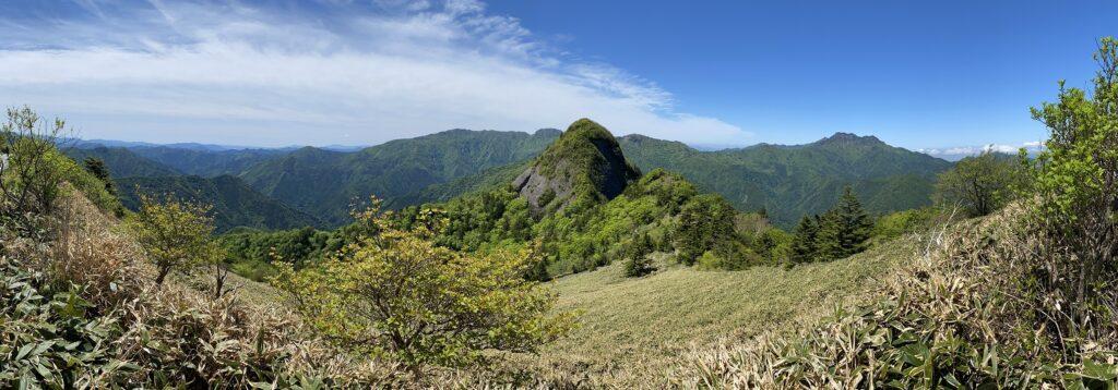 石鎚山鳥瞰図の景色