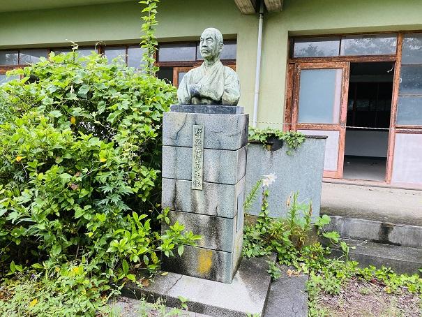 青島 銅像