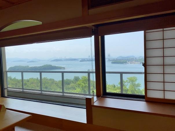 鷲羽山レストハウス 休憩所からの景色