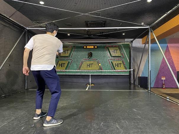 ラウンドワンスタジアム高松 4階オートテニス
