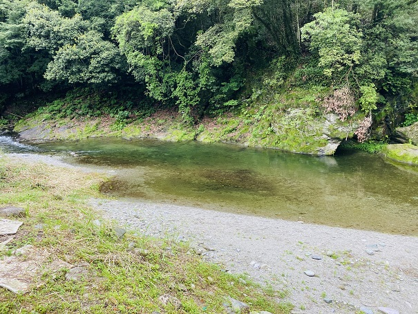 美郷ほたる館 川田川