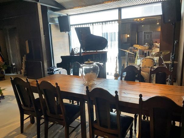 富屋珈琲店 ピアノとドラム