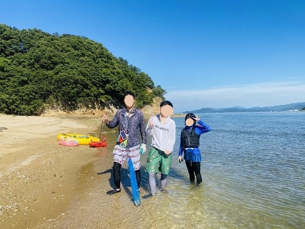 ラッシュガード着用で海の危険を回避