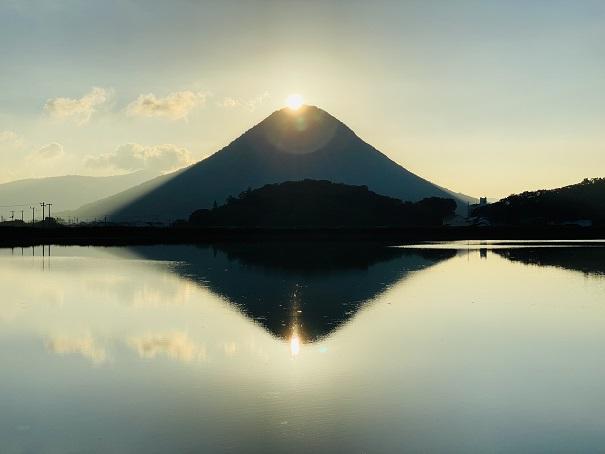 ダブルダイヤモンド讃岐富士と宮池