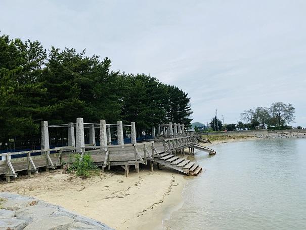 星の浦海浜公園 デッキ