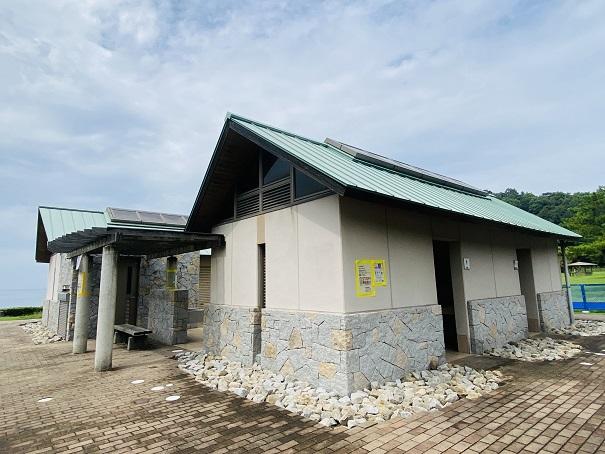 鴨池海岸公園キャンプ場 トイレ