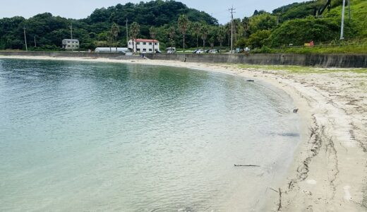 大角海浜公園の海水浴場とキャンプ場  愛媛県今治市