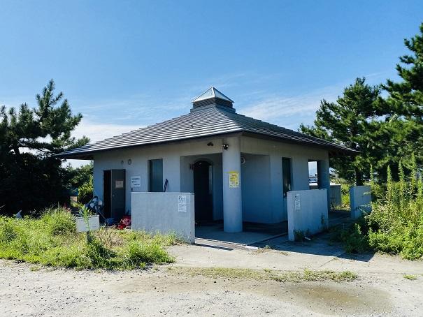 小松海岸 トイレ