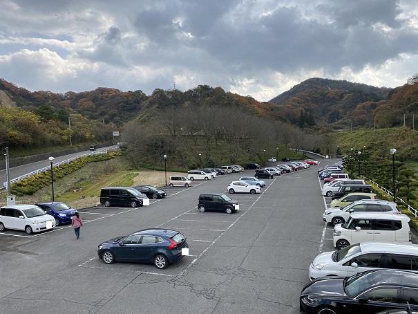 タオル美術館 駐車場
