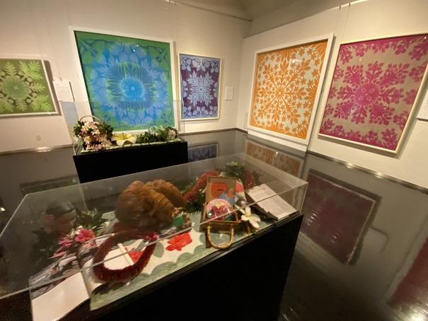 タオル美術館 キャシー中島のハワイアンキルト