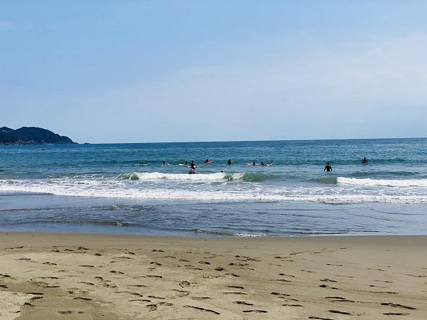 生見サーフィンビーチの風景