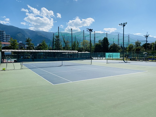 伊予三島運動公園 テニスコート